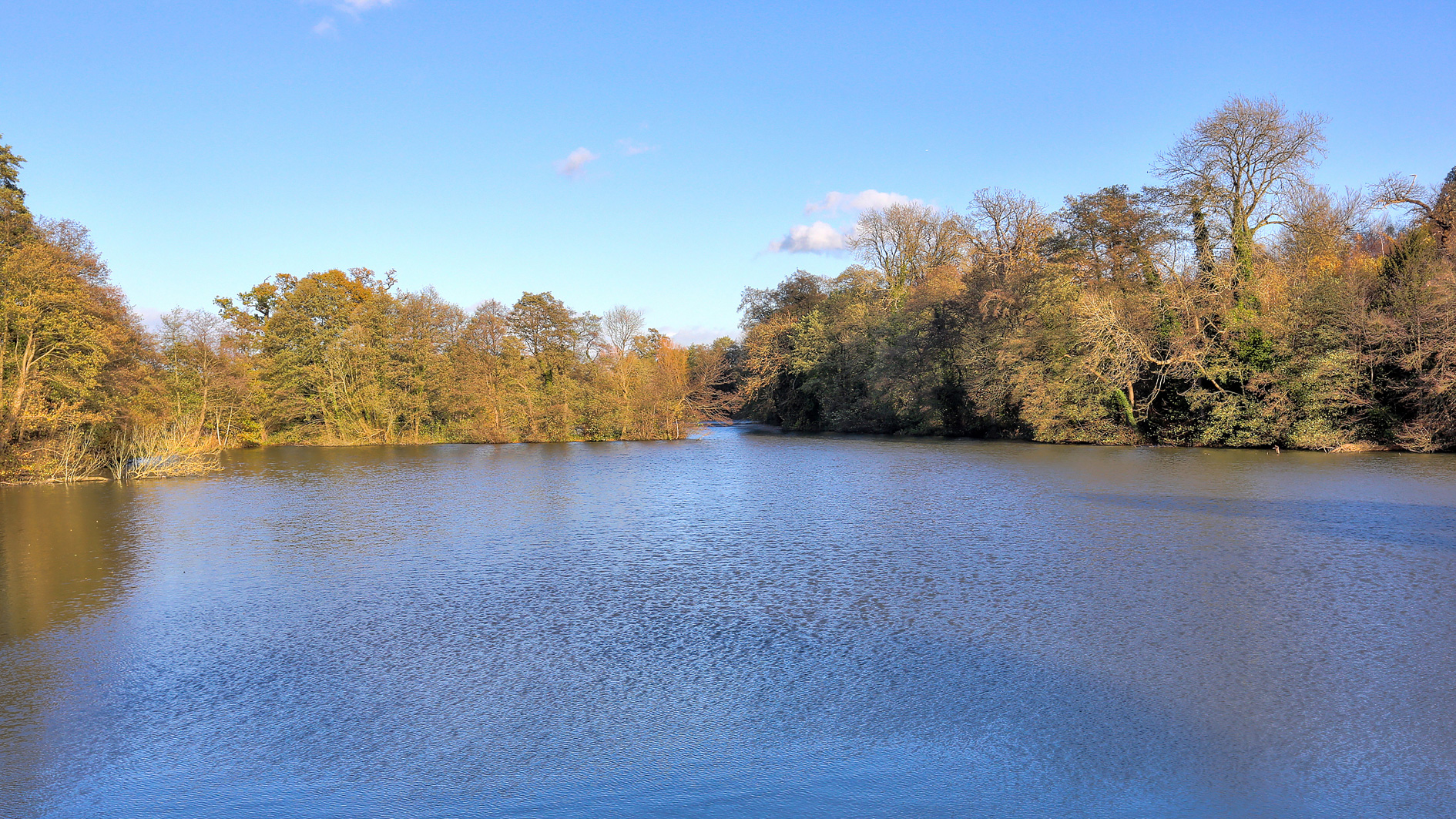 Lake for sale in Sevenoaks